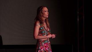O empoderamento feminino precisa passar pela vagina | Carol Teixeira | TEDxNovaLima