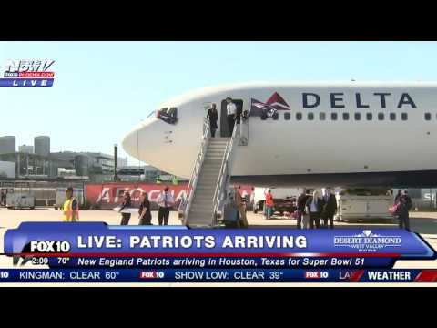 WATCH: New England Patriots Landing in Houston, TX for Super Bowl 51 (FNN)