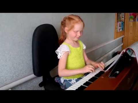 Как играть на пианино В лесу родилась елочка