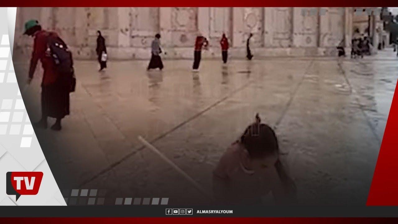 فلسطينيون يتوافدون إلى المسجد الأقصى لتنظيفه وإعماره استعدادًا لرمضان  - 21:58-2021 / 4 / 10