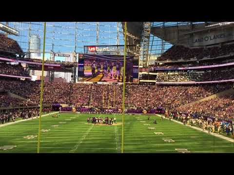 Skol Chant  Green Bay Packers at Minnesota Vikings   10-15-2017