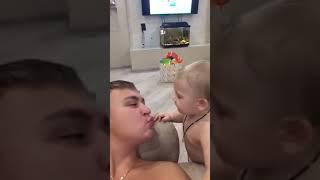 Прикол 2019 Бесконечная любовь сына к отцу