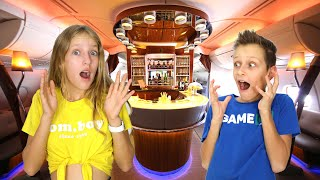 Flying an Airplane with Bar and Lounge!