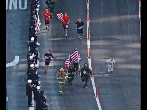 2016 Siller Tunnel to Towers: Aerial view of runners pouring into Manhattan