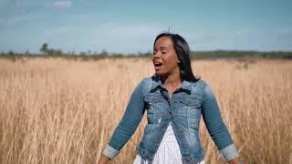 Forjada En EL Desierto (Video Oficial) - Zuleyka Barreiro