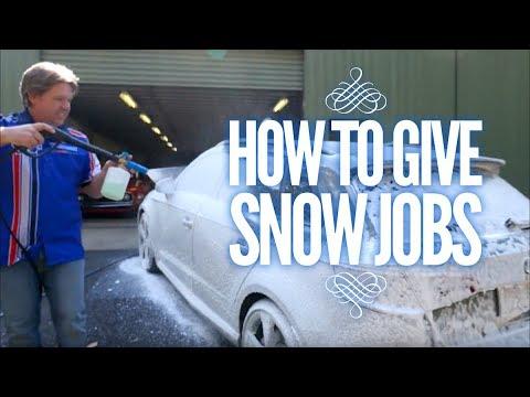 Using the Snow Job pre-wash foam
