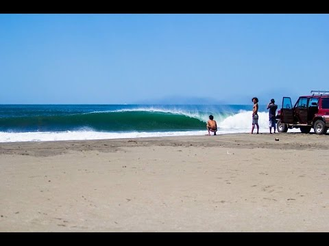 Thunderbomb action surfing Nicaragua at the boom
