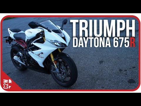 Triumph Daytona R | First Ride