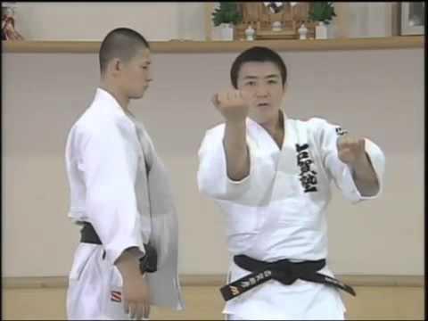 JUDO TECHNIQUES: Toshihiko Koga 古賀 稔彦 (JPN) - Morote Seoi Nage