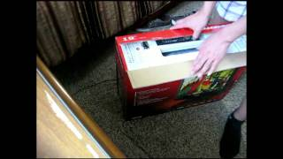 magnavox lcd19 inch flat screen tv unboxing pt 1