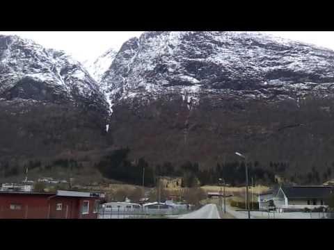 Stryn Norway road 60 2/2