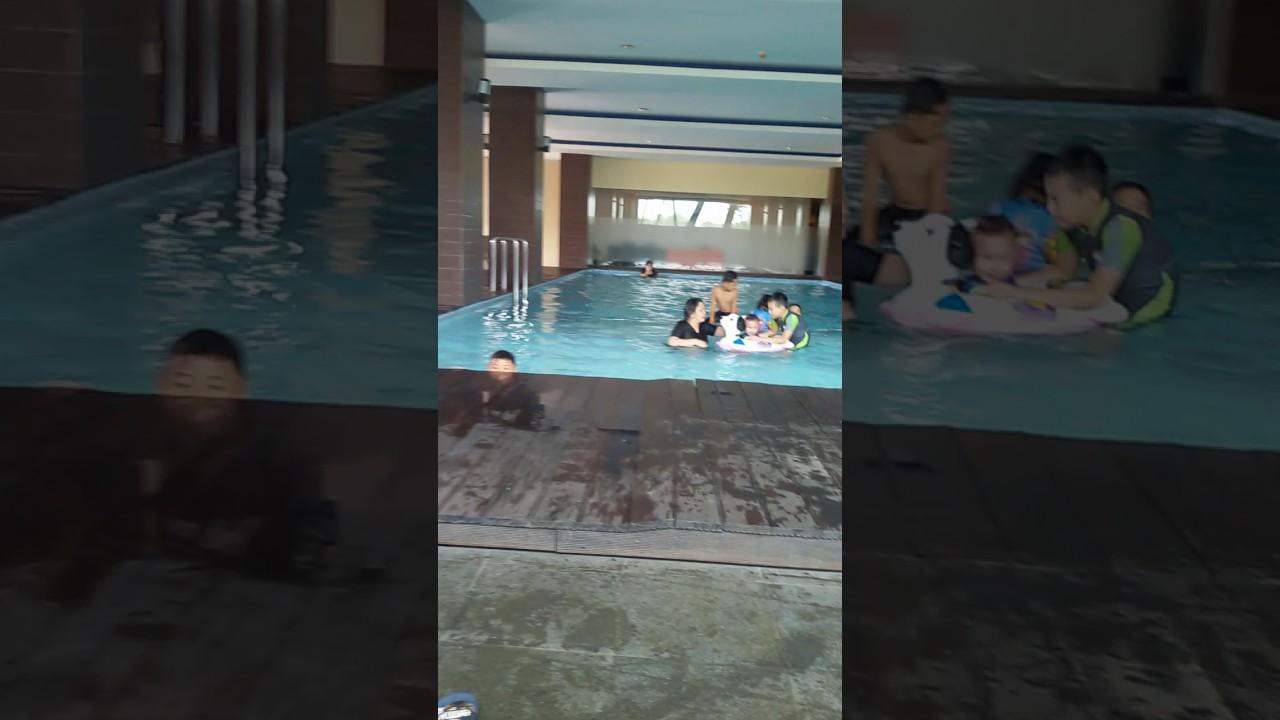 Kolam Renang Hotel Malang