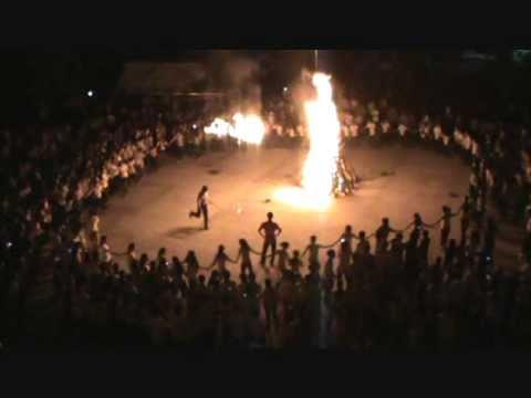 Lửa trại 26-3-2011