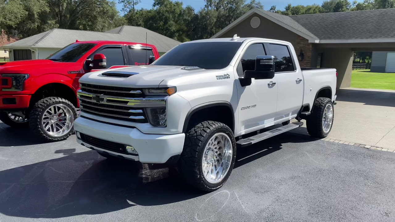 2020 Chevy 2500 High Country leveled on 24x12 with its ...