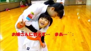 毎週金曜日 福井市の灯明寺中学校の体育館の2Fをお借りして 極真空手を...