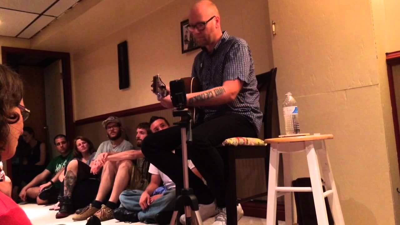 Mike Doughty   Busting Up A Starbucks   Part 2 (clip)   Living Room Tour In  A Basement   Harrisburg