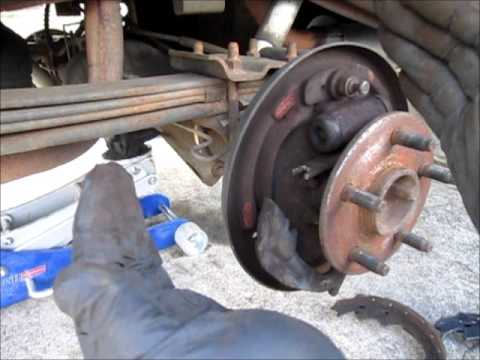 Replacing rear brakes on a Ford Ranger - YouTube