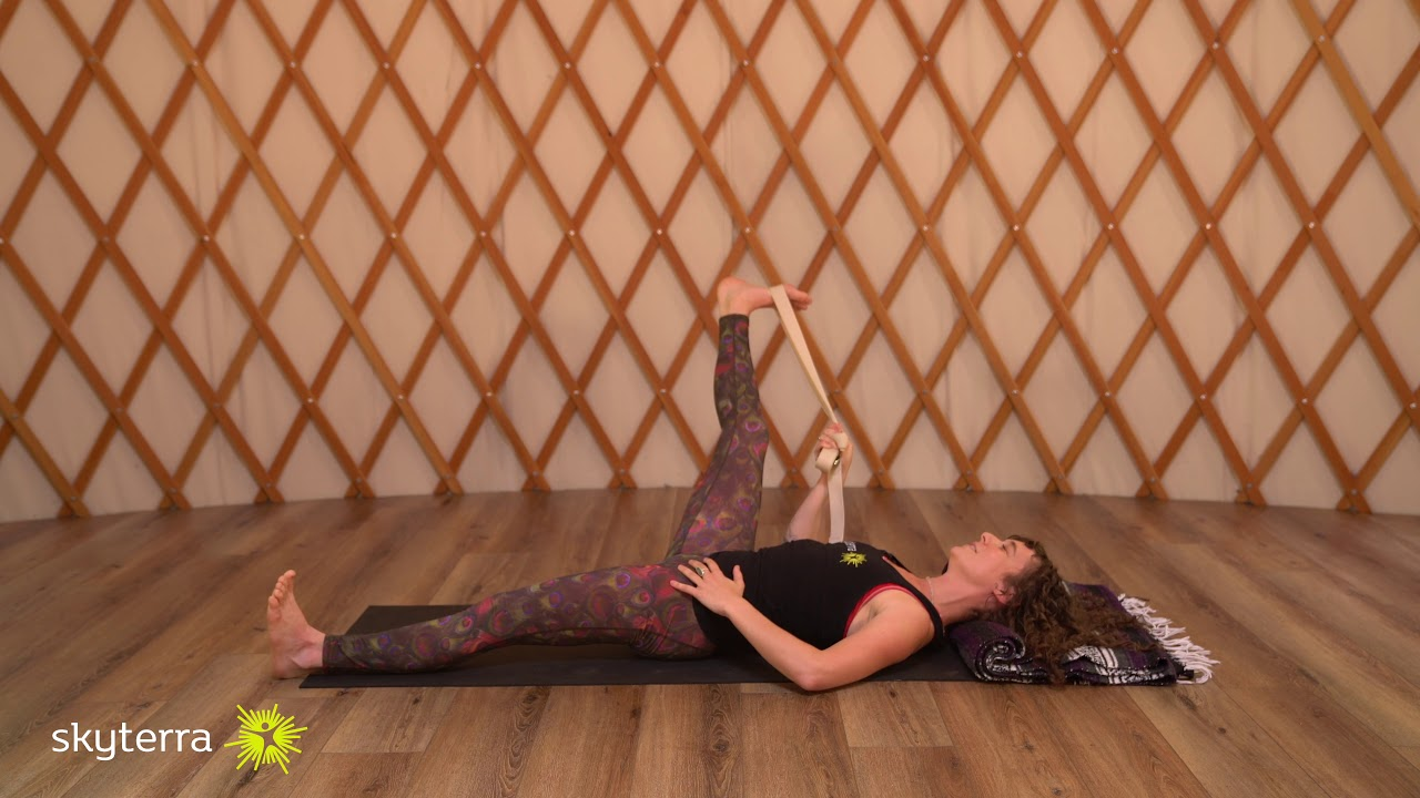 Connect: Quick Yoga, Meditation, Stretching Practice to Connect with Body and Breath