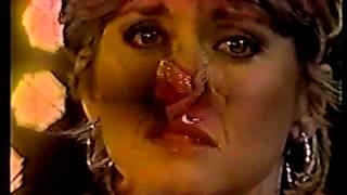 Olivia Newton-John - Landslide, Carried Away (Physical)