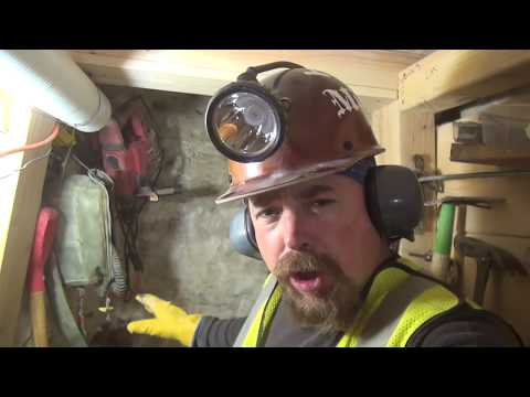 METAL DETECTING GOLD MINE | This Pocket Keeps Giving Gold  - Ask Jeff Williams