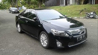 2014 Toyota Camry 2.5 L Hybrid. Start Up, In Depth Review, Test Drive