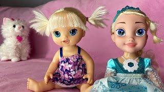 Маша играет с куклами как мама Игрушки мешают куклам спать