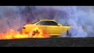 TOYOTA SOARER COLOURED SMOKE BURNOUT & CATCHES FIRE AT KANDOS 2014