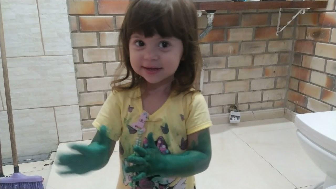 a Estela virou uma Hulk , criança diversão sempre
