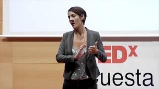 No te conozco, pero te doy un LIKE | Déborah Borque | TEDxC...