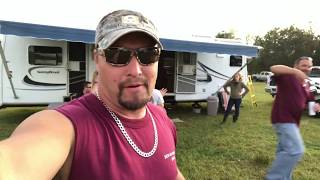 Video Redneck toy hauler download MP3, 3GP, MP4, WEBM, AVI, FLV Mei 2018
