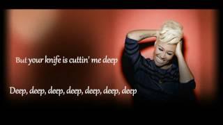 Emeli Sande - Hurts(Lyrics)