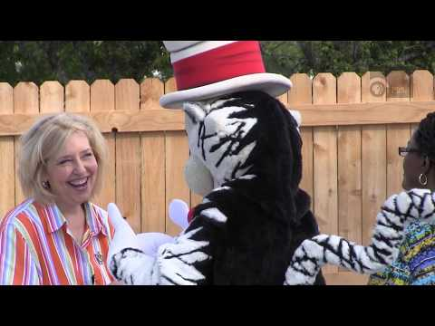 Cat In The Hat tours AC's Hagy Center for Young Children
