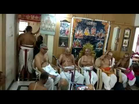 Felicitation to  Sri Mannargudi Swami by Vidwans and Syshyas