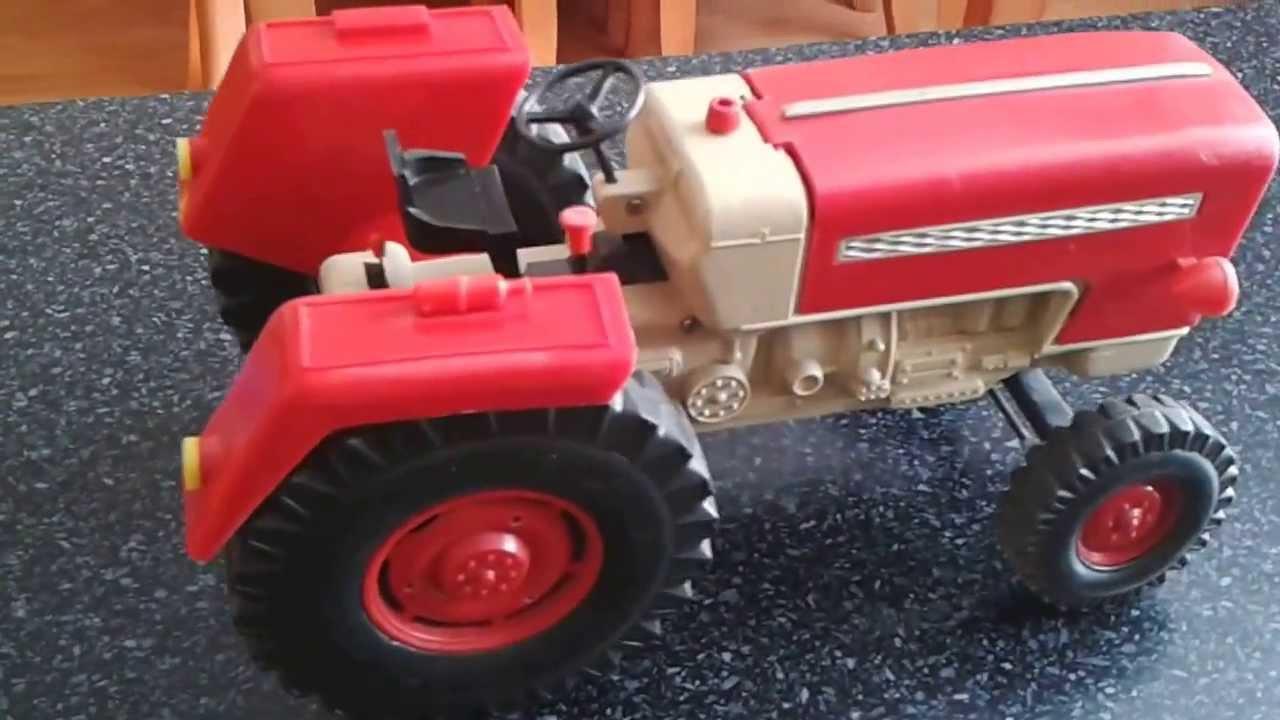 Traktor Piko komplet po GO - YouTube