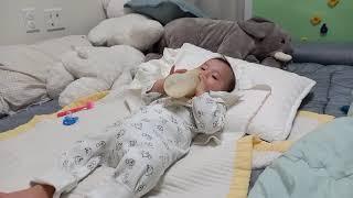 [11개월 아기]분유먹…