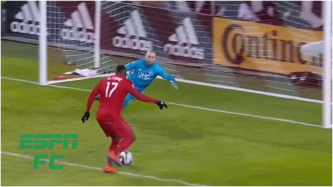 Jozy Altidore scores game winner for Toronto FC vs. New England Revolution   MLS Highlights