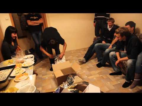 Большой подарок на День Рождение из 16 коробок за 7 минут =) - Ржачные видео приколы