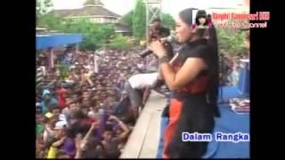 Dangdut Hot Koplo SERA - PERASAAN WANITA LILIN HERLINA Live Terbaru