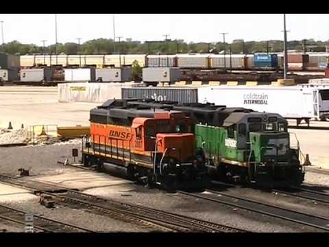 Locomotives at Burlington Northern Santa Fe Yard, Cicero, Illinois