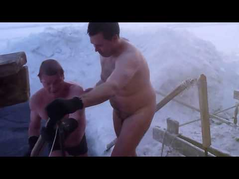 RUSSIAN SAUNA - Russian Banya / Banja & Hole in the Ice Sauna Fun #russiansauna