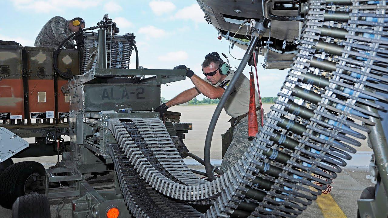 """Feeding"" the Monstrously Powerful GAU-8A Avenger • A-10 Ammo Load"