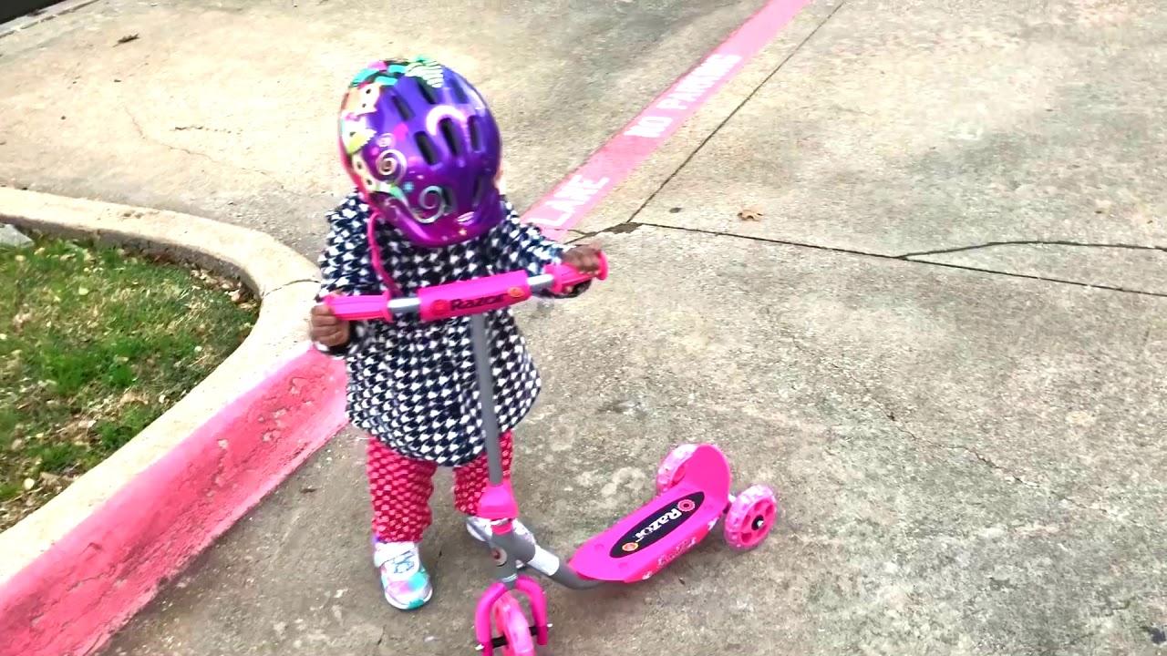 Walmart Toys Scooters For Boys : Razor jr lil kick scooter walmart online youtube