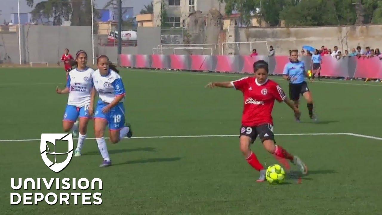 a8fd752c2d09e Comenzó una nueva era en el fútbol mexicano  el Torneo Femenil MX ...