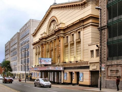 Places to see in ( Manchester - UK ) Opera House Manchester