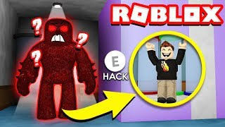 GLITCHING ROBLOX to ESCAPE THE BEAST! (Flee The Facility)