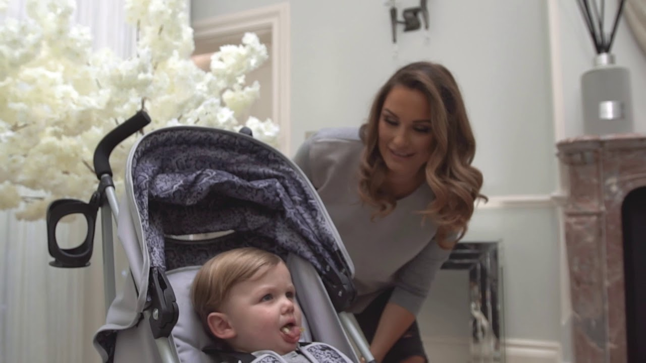 Baby Pushing Pram Youtube Dreamiie By Samantha Faiers Mb02 Snake Stroller