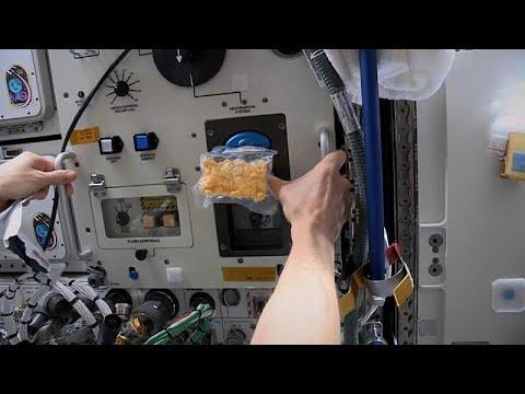 شاهد: للمرة الأولى.. خبز الكعك على متن محطة الفضاء الدولية…  - 21:59-2020 / 1 / 24