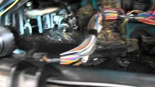 видео Замена радиатора печки на ВАЗ 2107. Как и что делать нужно делать