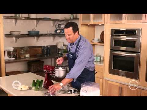 What is the best food processor to buy consumer reports