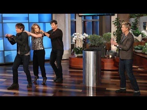 The 'American Idol' Judges Play 'Heads Up!'